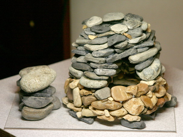 Декор из камней в аквариуме своими руками 67